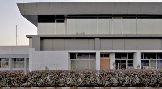 Opolis Architects, Bombay     Bhavnagar Factory Office   OPOLIS-bhavfact-7901